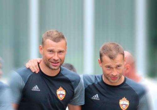 Березуцкие официально завершили карьеру в сборной России